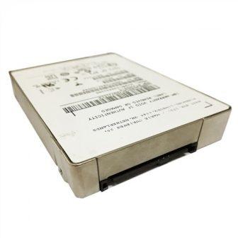 "EMC XtremIO HGST Ultrastar SSD1600MM HUSMM1616ASS201 1,6TB SAS MLC SSD 12Gbps 512BPS 2,5"" SFF Solid State Drive 0B32142"
